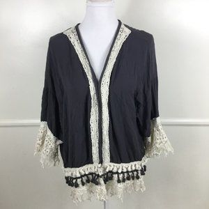 Knox Rose Gray Boho Fringe Kimono